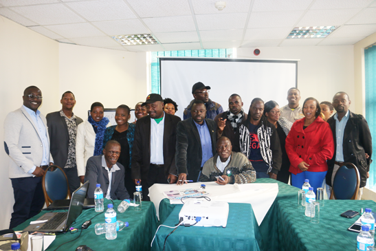CWGH@20 - Giving a health story the cutting edge: Investigative journalism to promote transparency and accountability in the health sector workshop in Bulawayo, Zim
